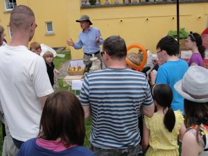 Giving a workshop at the GIY Family Fun Day in Waterford about storing apples by freezing the juice.